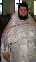 Настоятель - иеромонах Назарий (Ермолов)