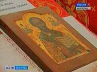 В храм святого князя Владимира прибыла мироточащая икона