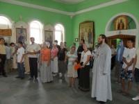 Паломники посетили Свято-Троицкий храм станицы Клетской