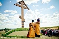 В Камышине освятили Поклонный крест