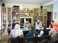 Круглый стол с участием социальных работников