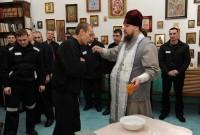 Православный праздник шагнул за колючую проволоку