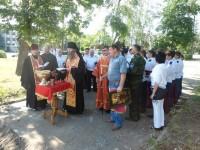 Епископ Елисей совершил молебен на месте строительства арки