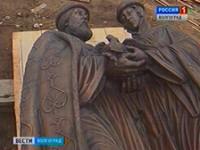 В Волгоград прибыла скульптура святых Петра и Февронии