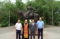 Кандидат в войсковые Атаманы посетил храм