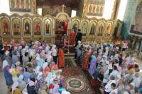 Праздничное архиерейское богослужение в храме Серафима Саровского