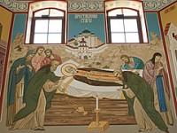 Художница из Волжского расписала стены храма