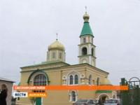 В храме Светлоярского района замироточила напольная плитка