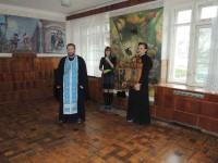 Священники посетили Урюпинскую больницу