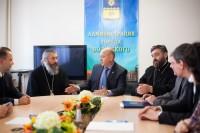 Встреча епископа Иоанна с органами власти