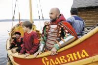 В Волгоград приплыла древнерусская ладья