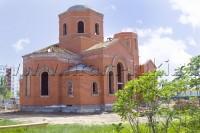 Богослужение в строящемся храме Святителя Луки