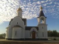 Архиерей посетил Покровский храм п. Новомаксимовский