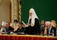 """Патриарх Кирилл призвал не бояться использовать слово """"русский"""""""