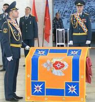Замминистра МЧС России вручил освященное знамя
