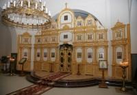 В храме установили иконостас