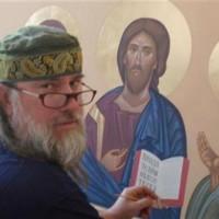 Священник создал почти 1000 икон и живописных работ