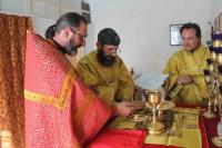 Богослужение в храме п. Искра