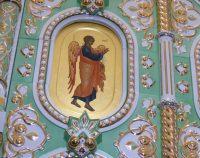 Уникальный иконостас храма