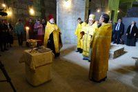 Первый молебен в соборе Александра Невского