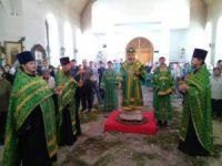 Праздничная архиерейская служба