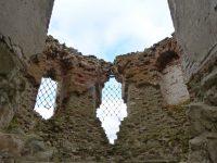 К руинам храма уже не ведут даже дороги