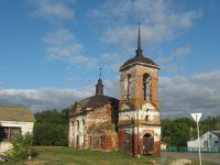 Храм Михаила Солунского построили в 1818 году на месте древнего кладбища