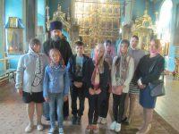 Школьники посетили храм