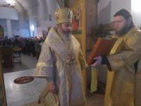 Божественная Литургия в Соборном храме